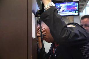 股民求放过,总统喊冷静,昨夜美联储仍强硬加息,还透露一个关键信息