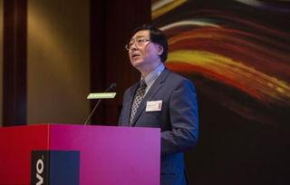 联想集团全年亏损1.28亿美元,杨元庆表示放弃奖金