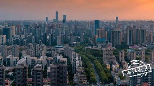 目前,作为西安到临潼的旅游专线——西安地铁9号线,即将正式通车运营,这无疑将为临潼的发展带来新的因素。
