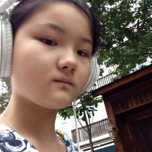 孙楠和前妻14岁女儿买宝瑶