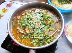 鸡肉火锅的做法(鸡肉火锅怎么做啊)