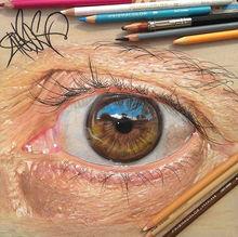 美国男孩彩色铅笔绘制人眼栩栩如生