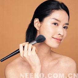 怎么用化妆扫
