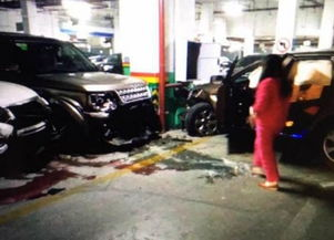 女司机在地库连撞8车,损失或