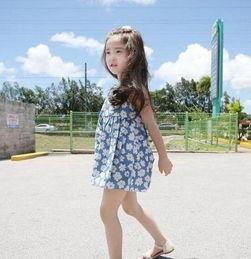 韩国6岁小萝莉一夜爆红 白皙皮肤露齿微笑家居照