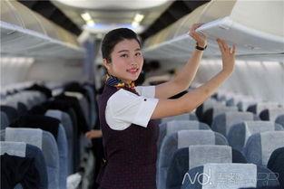 图:国航空姐王佩欣还在等待命中注定的那个他。