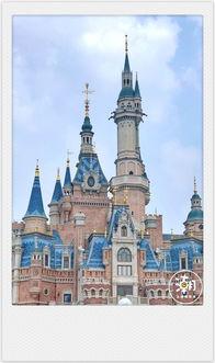"""上海女生去了迪士尼200 次?旺季的迪士尼""""多难玩"""",小编亲身实测!"""