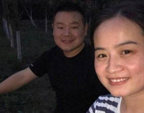 岳云鹏与撞脸的妹子合影写歌给父亲子欲养而亲不待