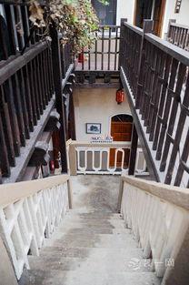 青岛保定路10号装修成民宿 混搭风格受文艺青年喜爱