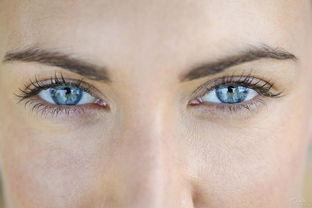 女孩免费做双眼皮眼角膜被穿通 构成十级伤残