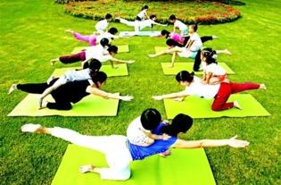 瑜伽培养良好的亲子关系