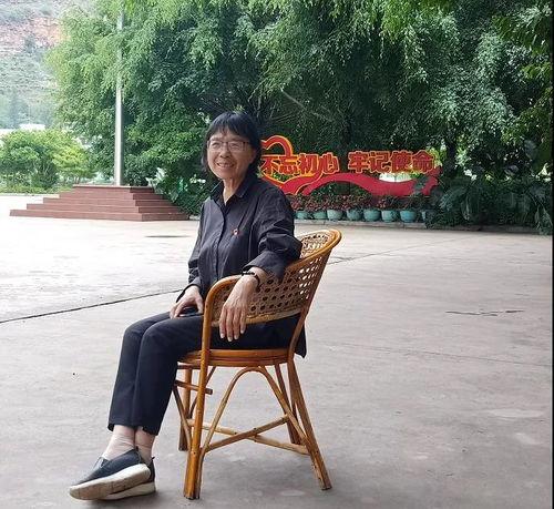 张桂梅17岁来到云南支边