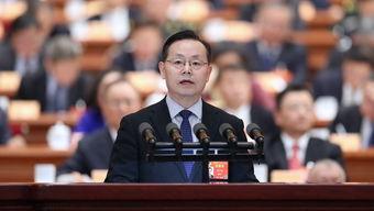 全国政协副秘书长,致公党中央常务副主席蒋作君:我的发言题目是:保护好青藏高原生态环境积极应对气候变化。
