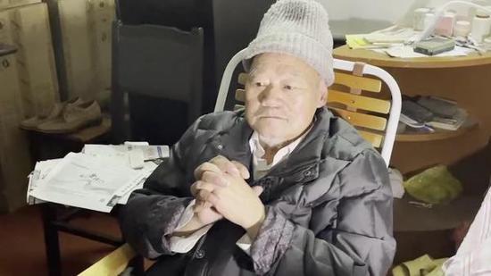 老人将300万房产赠与水果摊主,面对家属质疑公证处予以回应