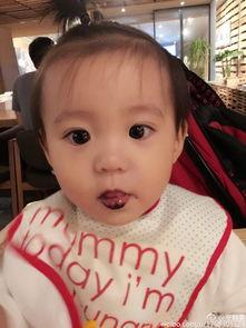 Ella拼宝宝模样 喜欢咘咘眼睛
