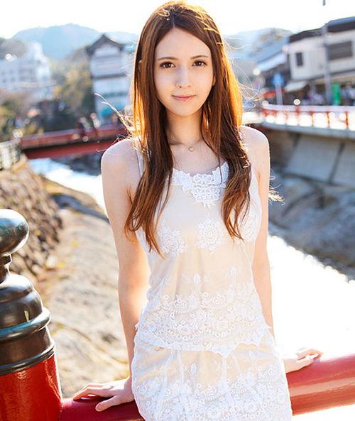 ChinaJoy2012 女神与Showgirl激烈碰撞完整页