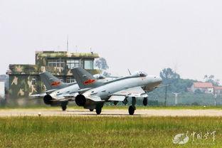 歼7海外辉煌 巴空军参谋长赞其可靠性远超F16