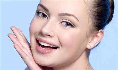 干性皮肤适合涂什么化妆品