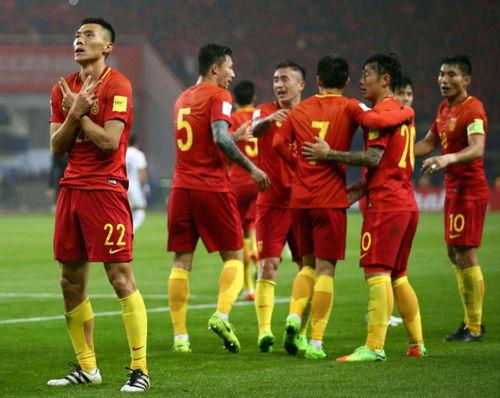 下午5点中国足球青训传来好消息国足有望迎春天,世界杯不远了