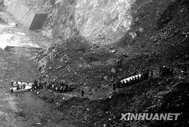 汶川地震一周年 历史永远铭记