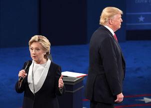 赢得党内提名的民主党总统候选人希拉里.克林顿与共和党总统候选人唐纳德.特朗普将在11月8日大选日一争高下.